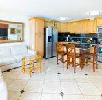 Full kitchen, New Tile