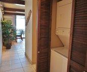 Hallway/washer & dryer