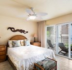 Master bedroom with Queen bed & an ocean view as well!