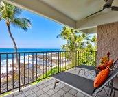 Lounge on the Ocean Front Lanai