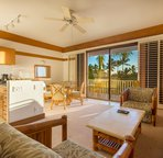Welcome to Paradise!  Enjoy peaceful evenings on your lanai overlooking the botanical gardens!