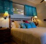 Soft, luxurious 100% cotton sateen bedding