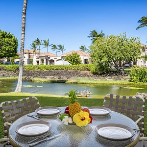 Lanai offers serene view of the Lagoon