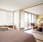 18th floor - 1 bedroom condo.    Separate bedroom with King size bed (or can be 2 Twins)