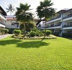 Tropical Courtyard