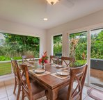 Beautiful dining room table to accommodate the entire family