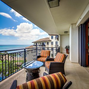 Bird's eye view of the pool, swooping to the ocean from your lanai