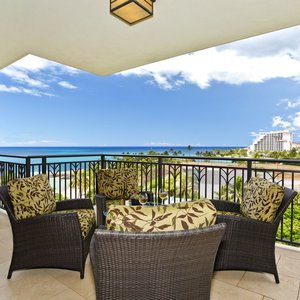 Enjoy beautiful sunsets over the Pacific blue from your lanai