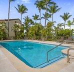 Country Club Villas pool area