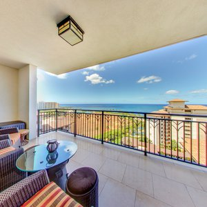 Beautiful Ocean View from Your Private Lanai