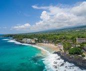 Walking distance to Kona Magic Sands Beach