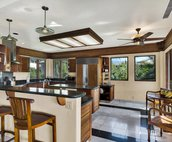 Kitchen with Breakfast Bar and Table