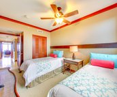 Third Bedroom with Twin Beds that can be Converted to a King