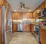 Fully Equipped & Updated Kitchen