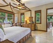 King Bed in Ohana room