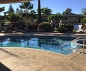 Waikoloa Fairways pool area