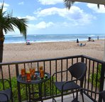 Relaxing Lanai Right on the BEach