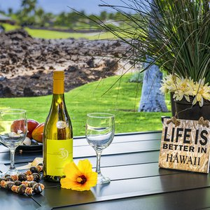 Life IS better in Hawaii!