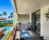 Outdoor dining includes a view of the ocean!