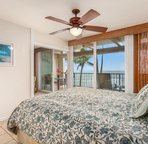 Master bedroom with Cal King bed & lanai access