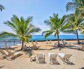 Ocean Front Lounge Area