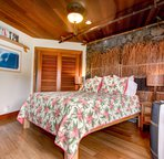 Third bedroom on the lowest level with Queen size bed, AC and ocean views