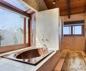 Master Bathroom..