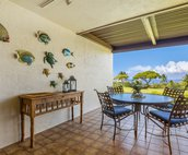 Covered lanai perfect for outside dining