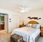 Master bedroom/entrance to en-suite bathroom