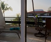 Lanai with outdoor seating